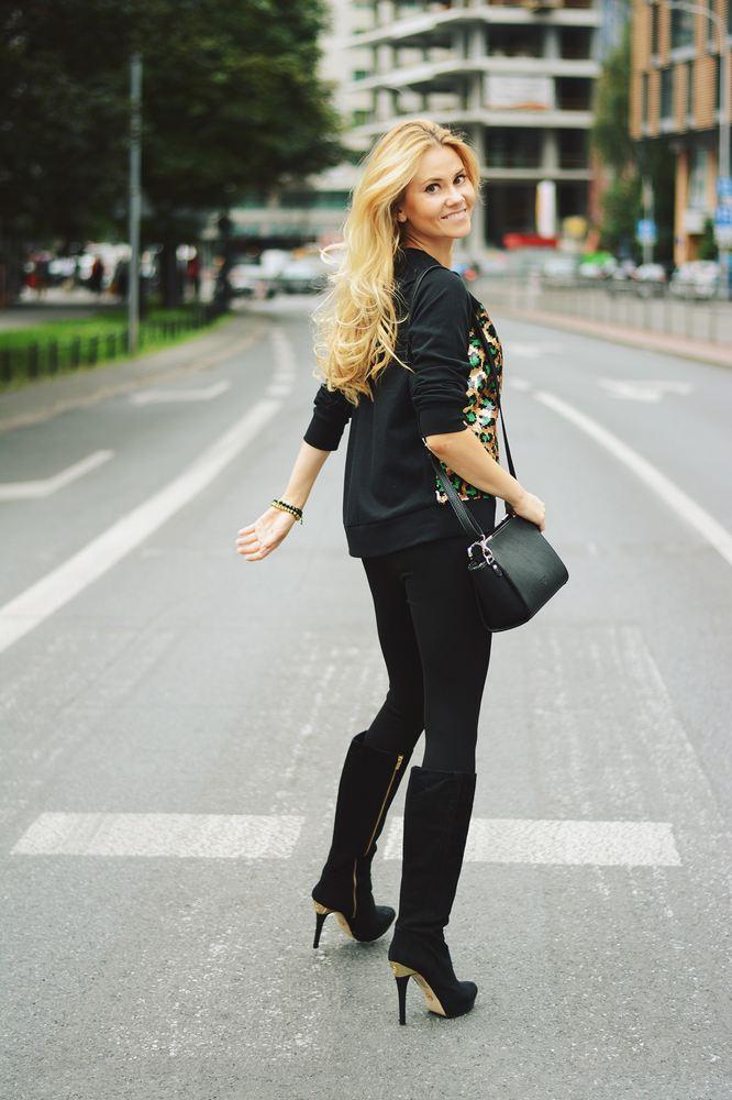 c3442ed709bba bluza – Michael Kors – Zalando · kozaki – Michael Kors – Chiara legginsy –  Zara torebka – Valentini bransoletki – handmade